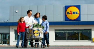 Lidl doa produtos não alimentares a seis instituições