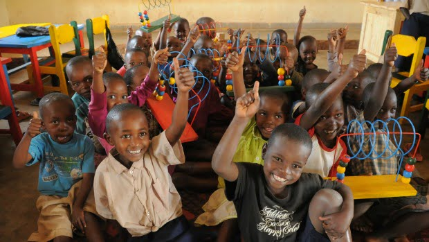 IKEA angaria 10 milhões para educação de crianças em África