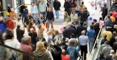 Natal 2013: 57% dos portugueses vão apostar em promoções e em compras online