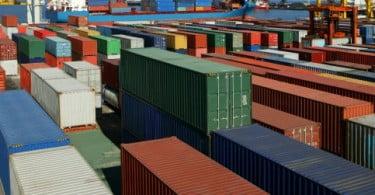 Exportações crescem 12