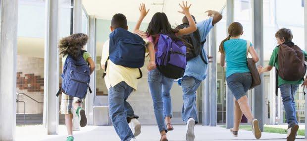 Famílias tencionam gastar até 500€ no regresso às aulas