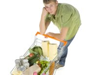 56% dos consumidores mundiais acha que o seu país está em recessão