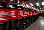 """Consumidores querem garrafas de plástico"", diz Coca-Cola"