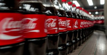 Coca-Cola investe 180 M€ para criar embalagens sustentáveis