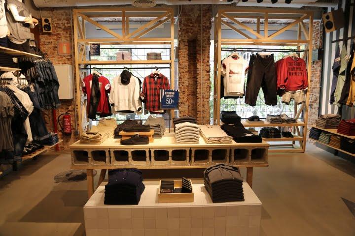 Springfield Store By Caulder Moore Madrid Spain