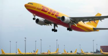 DHL Express - avião - Distribuição Hoje