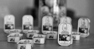 latas de selos Ramirez - Distribuição Hoje
