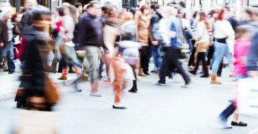 Confiança dos consumidores portugueses estabiliza em fevereiro