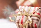 Portugueses com cartão de crédito gastam 479€ em compras de Natal