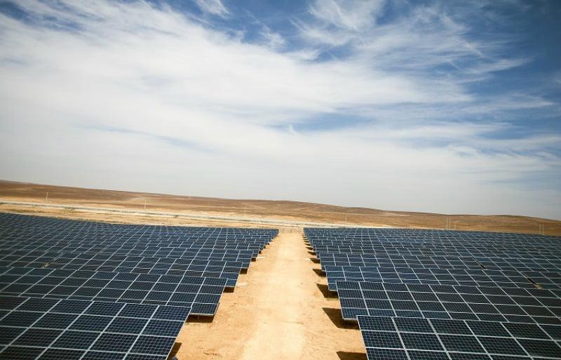 parque solar em campo de refugiados na Jordânia - Distribuição Hoje