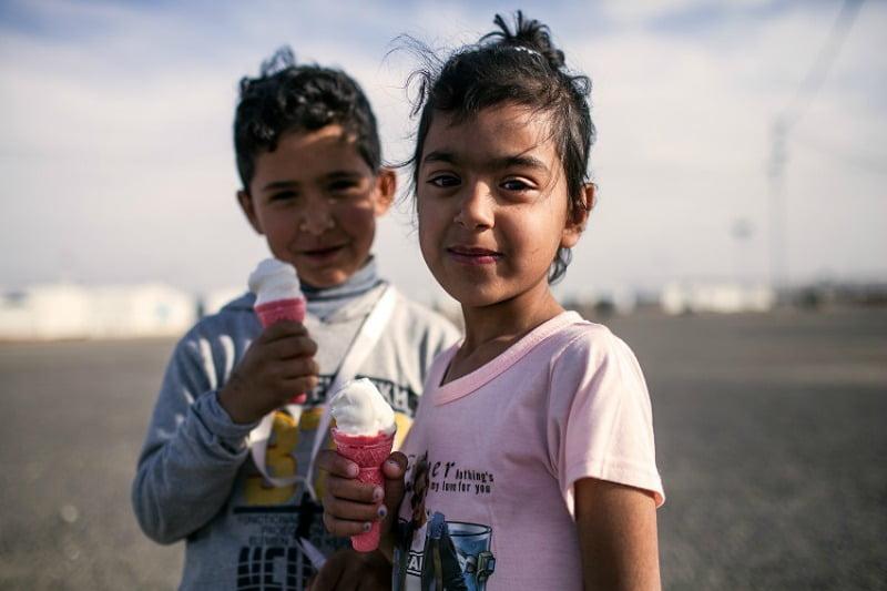 refugiados  - campo Jordânia - Distribuição Hoje
