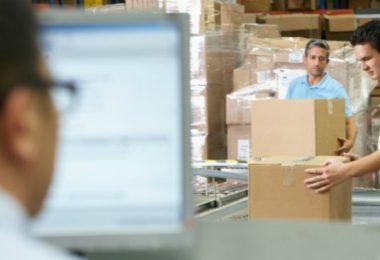 Estudo da UPS diz que e-commerce está a revolucionar a forma como a indústria compra
