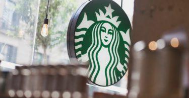 Starbucks abre 'flagship' na Invicta