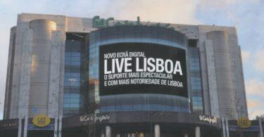 """El Corte Inglés recebe o """"maior ecrã digital"""" do país"""