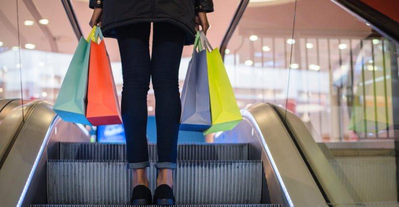 27% dos consumidores portugueses vão gastar metade do subsídio de Natal