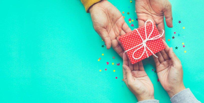 Um em cada dez portugueses faz todas as compras de Natal online
