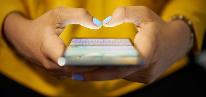 Vendas mundiais de smartphones em queda