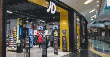 JD Sports alarga oferta com produtos da Levi's