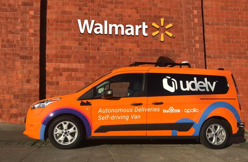 Walmart vai começar a fazer entregas com carros autónomos