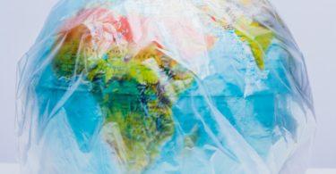 Economia Circular: Novas regras sobre os plásticos descartáveis para reduzir o lixo marinho de plástico são bem-vindas