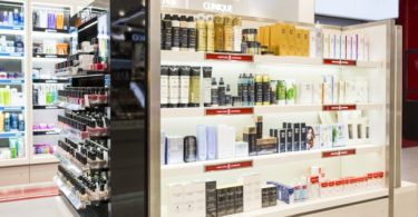 Perfumes & Companhia reabre no Alameda Shop & Stop