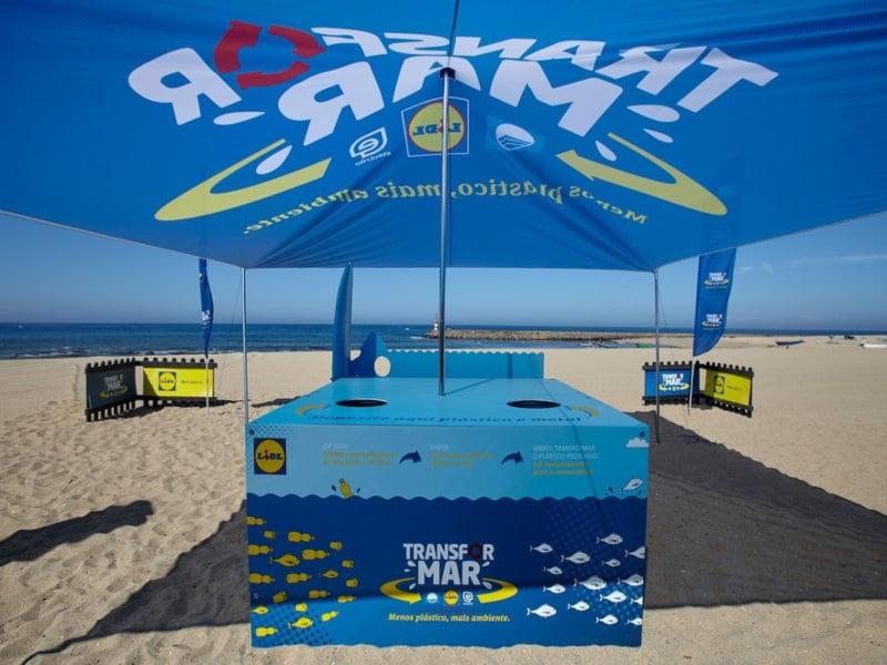 Projeto de responsabilidade social do Lidl cria aparelhos de atividade física feitos com plástico recolhido nas praias