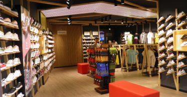 Kicks renova loja no Forum Viseu