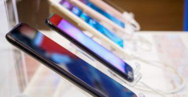 Vendas globais de smartphones em queda