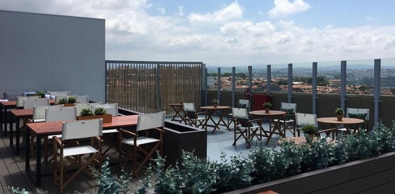 ViaCatarina Shopping abre rooftop bar
