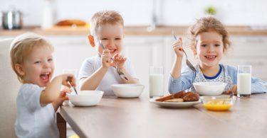 Estudo sobre pequeno almoço das crianças revela escolhas menos saudáveis