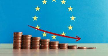 Economia portuguesa cai menos que a zona euro em 2020