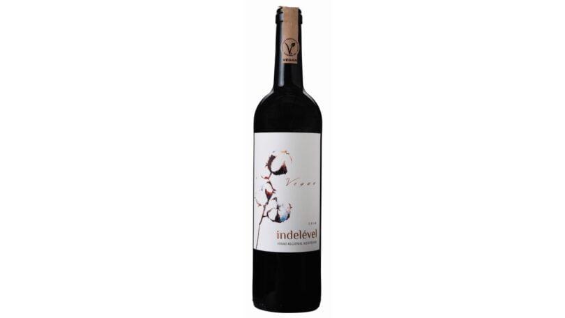 O Lidl Portugal lançou o seu primeiro vinho vegan certificado de marca exclusiva, Indelével Tinto, da região do Alentejo.