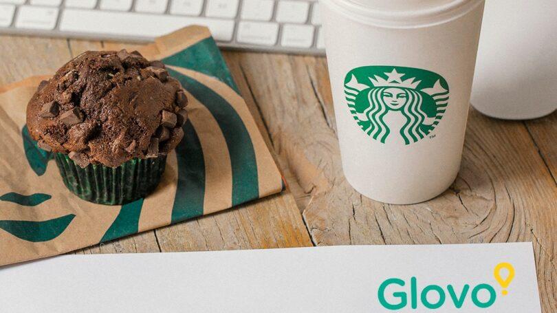 A Glovo, app de delivery, anunciou esta semana ter fechado mais uma parceria de serviço, desta vez com a Starbucks.