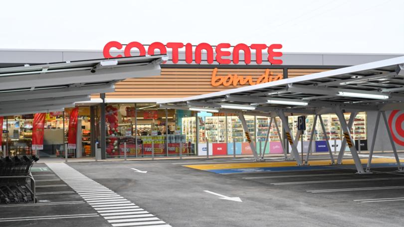 O Continente inaugurou a primeira loja da marca no concelho de São Brás de Alportel, num investimento de 6,5 milhões de euros.