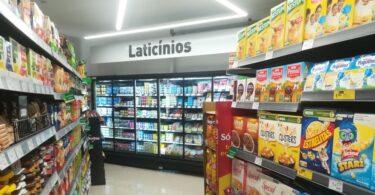 """Um novo supermercado Coviran abriu portas na freguesia de Venteira, na Amadora e quer ser """"um apoio fundamental às compras diárias""""."""