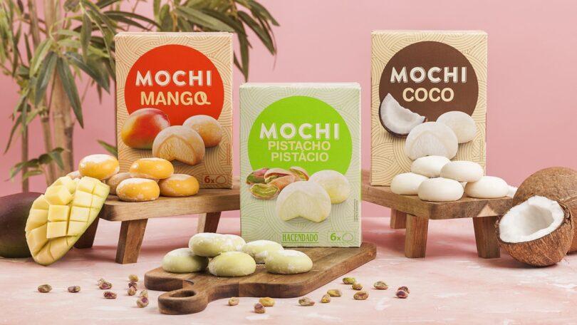 A Mercadona voltou a apostar neste verão no seu sortido de Mochis Gelados, através do novo sabor de pistacho, que se junta à manga e ao coco.