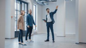 A Cushman & Wakefield revelou que existiu uma quebra de 69% no volume de investimento imobiliário comercial no primeiro semestre do ano.