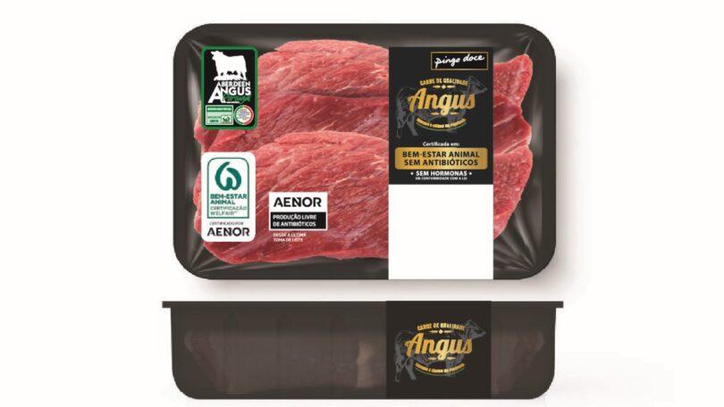 A carne nacional Angus Pingo Doce recebeu agora a certificação pioneira em produção livre de antibióticos, atribuída pela AENOR.