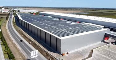 A Sonae MC, através da Elergone Energia, inaugurou uma das maiores centrais de autoconsumo em cobertura na Península Ibérica.