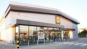 O Lidl Portugal, que prossegue o investimento na renovação e ampliação da sua rede de lojas, vai inaugurar em Vialonga uma nova loja.